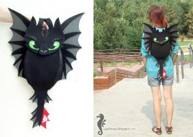Toothless Backpack by bt-v