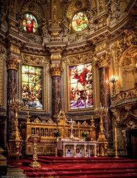 Berlin Cathedral - Inside 1 by pingallery