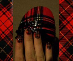 Nail Art - Plaid by PsychoMaru