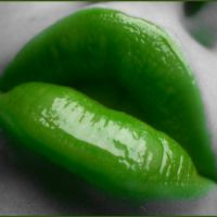 Green Lips by deathnote1010