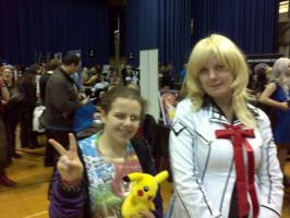 Me with Vampire Knight cosplayer :3 by OtakuRhi