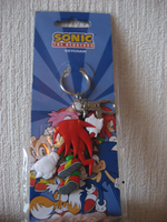 Knuckles keychain by Twilightberry