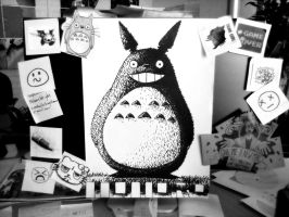 Totoro at my desk by 13sticker