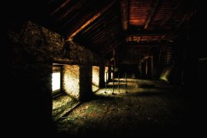 The attic by Bestarns