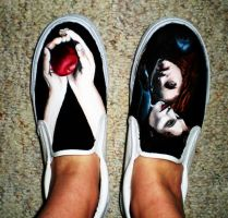 custom painted twilight shoes by muffinlover