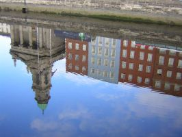 Upside down Dublin by Frailbeth
