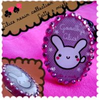white rabbit resin ring by lattemiele