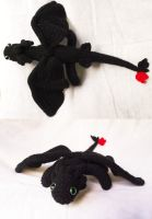 I made a toothless that fits on my shoulders! by Tessa4244