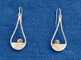 Sunrise Earrings by harlewood