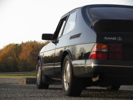 Classic Saab 900 by Boosted-Vulpine