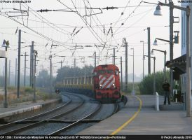 Morning Rail Transport 140910 by Comboio-Bolt