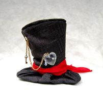 Tiny Top Hat: Heartless (Version 1) by TinyTopHats