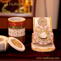 Dining table accessories by aolmadhurya