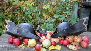 Autumn Harvest (Bloodborne Hunter Leather Hat) by Svetliy-Sudar