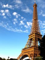 Eiffel Tower by minifong