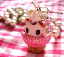 Maneki Neko Cupcake Necklace by geurge