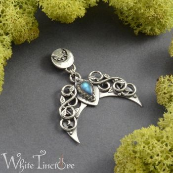 Labradorite lunula by WhiteTincture