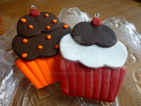 Orange Cho Chip and Red Velvert Cupcakes by MaSucree