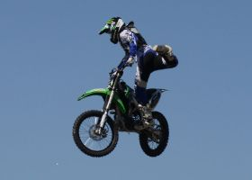 Motocross Stunts a2 by Araluen-Ekala