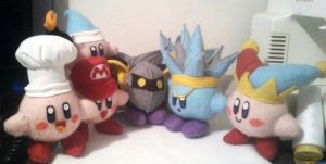 Peluches de Kirby by AndreaDeLempicka