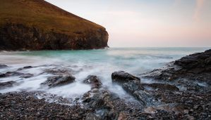 Chapel Porth Bay by JakeSpain