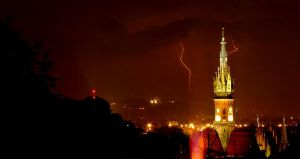 lightnings in the city by Notmeister