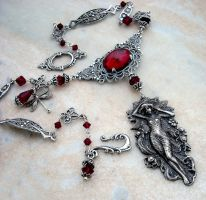 Red Goddess Necklace by Aranwen