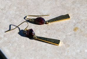 Gold Celtic Knot Garnet Earrings by kittykat01