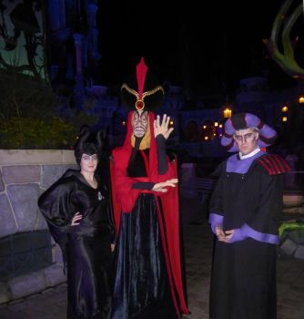 Meeting Jafar at Disneyland Paris - Halloween 2016 by LunaBergkristall