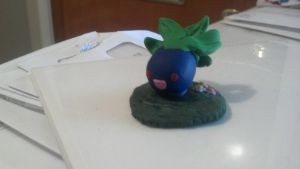 Running oddish -SOLD- by The-Erin-show