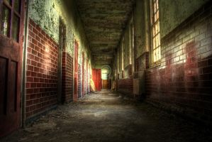 Padded Cell Corridor by tonemapped