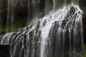 cascade de la Beaume by tiquitiqui