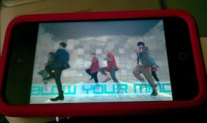 What I'm Watching On My Ipod by SungminHiroto