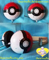 Pokeball Headphones by Iheartnella