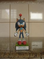 Robo-Sonic papercraft by augustelos