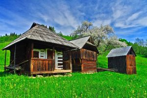 Hut from Bukovina by lica20