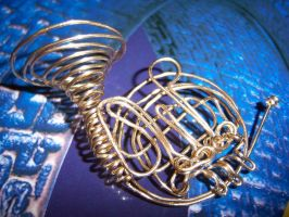 French Horn by doganie