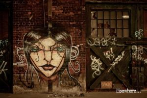 Graffitti and Green Doors by z0th