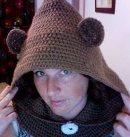 My take on a Bear Cowl by jelc85
