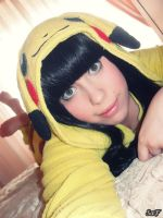 Cosplay Pikachu 1 by SaFHina