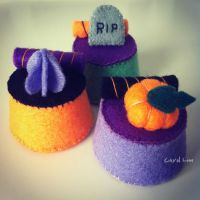 Halloween Felt Puddings by CraftersBoutique