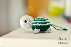 Little turtle by MissBajoCollection