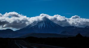 Mt Doom by Reubenwa