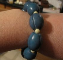 Blue and white stretch bracelet by BlackUnicornWood