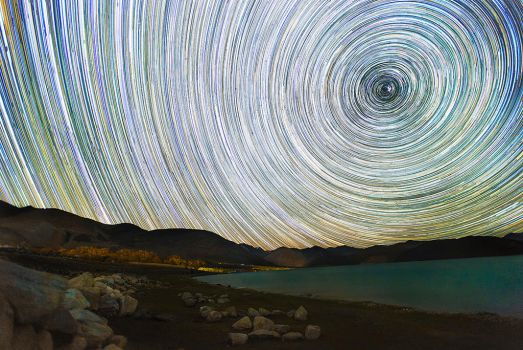 Pangong Lake Starry Night... by nimitnigam
