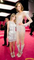 Karlie Kloss and Taylor Swift by lowerrider