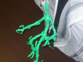 twist tie alien being by RAC1000