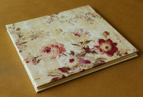 Wedding Guestbook with Case - Floral Wedding by GatzBcn