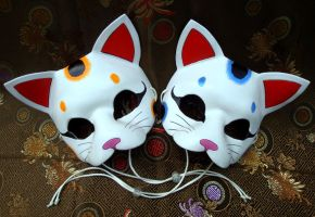 Pair of Lucky Cat Masks by merimask