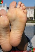 Beatrice Close Up - Left Foot by Footografo